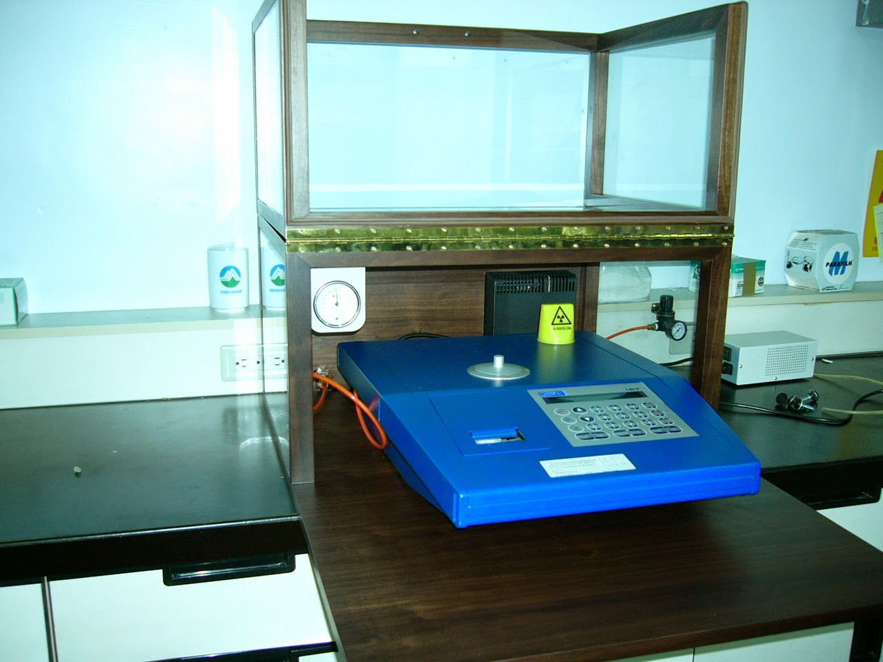 Lab Instrument protected in Eureka Dry Tech Custom Dry Cabinet