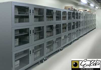 Eureka SMT Dry Cabinet storing MSD in a warehouse.